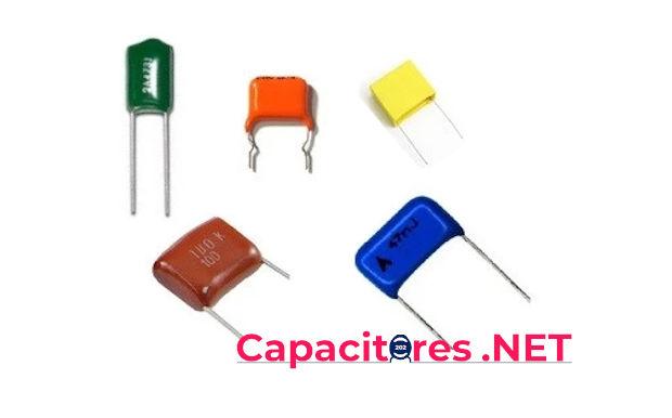 Tipos de capacitores de poliéster metalizados