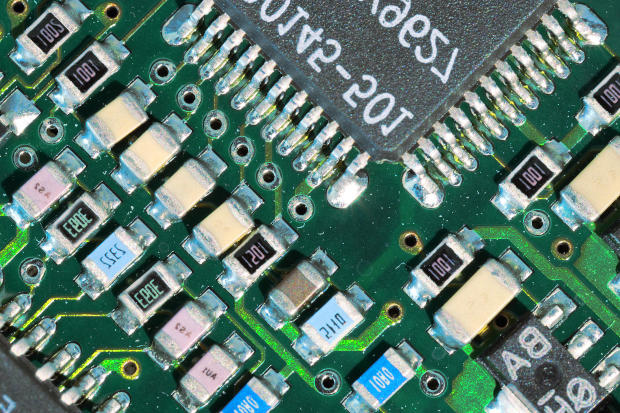 Código capacitores SMD