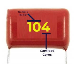 Lectura de capacitor de poliester, solo indica la capacitancia