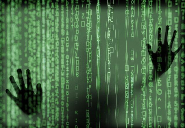 Imagen de código y manos